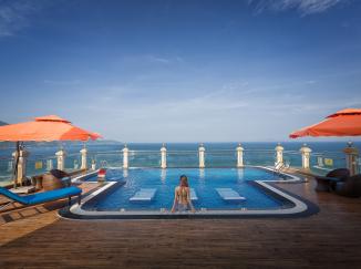 Khách sạn 7. Seven Sea Đà nẵng