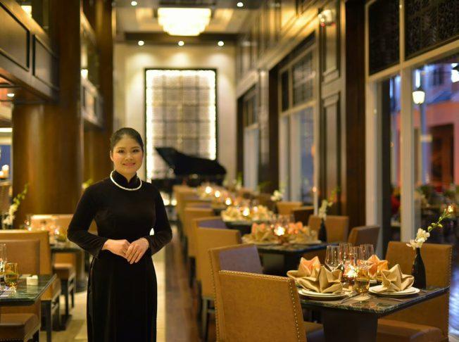 Khách sạn Paradise Suite Hạ Long