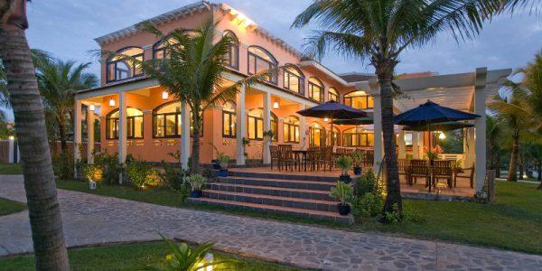 Le Belhamy Beach Resort & Spa