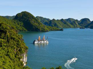 Pelican Cruises Halong
