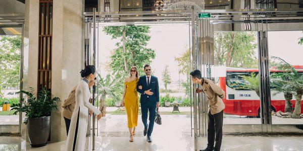 Central Luxury Halong Hotel Lobby