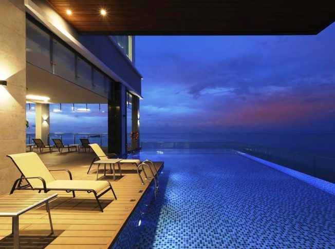 Hompton by the Beach Penang 8