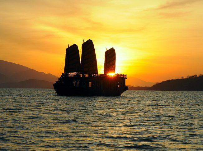 Emperor Cruises Nha Trang 2