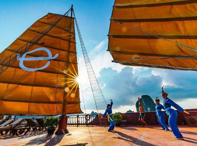 Emperor Hạ Long3