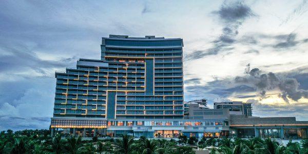 Hoiana Hotel Suites8