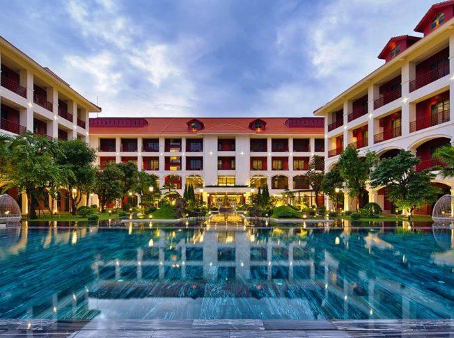 Khách sạn Senna Huế02