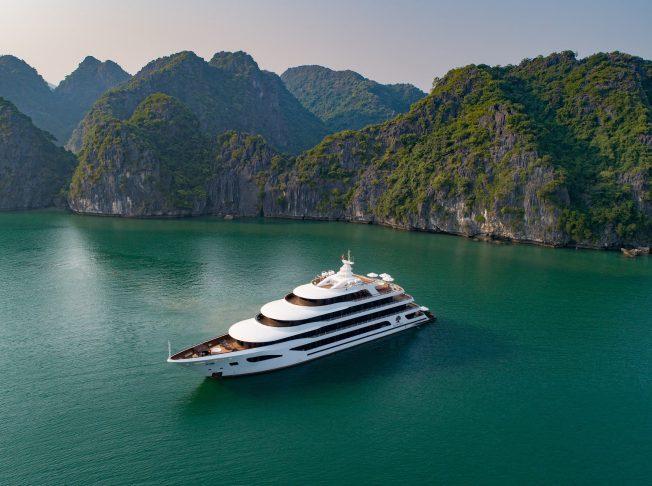 Scarlet Pearl Cruises