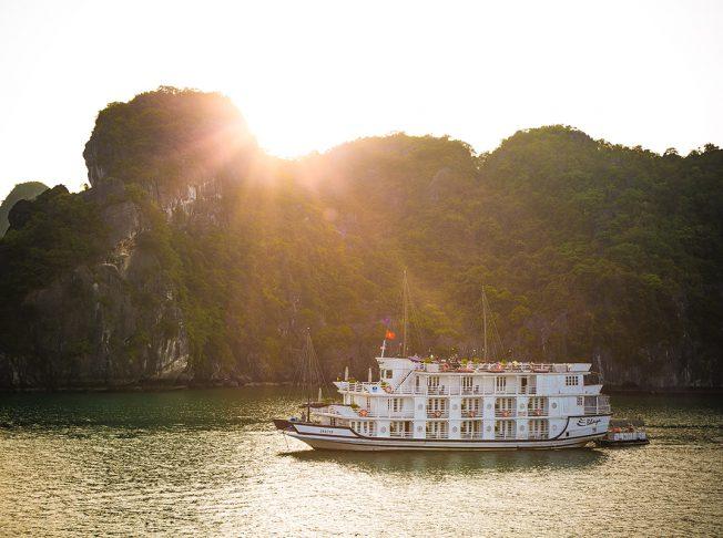 Du thuyền Bhaya 3